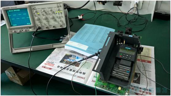ut60f万用表电路板
